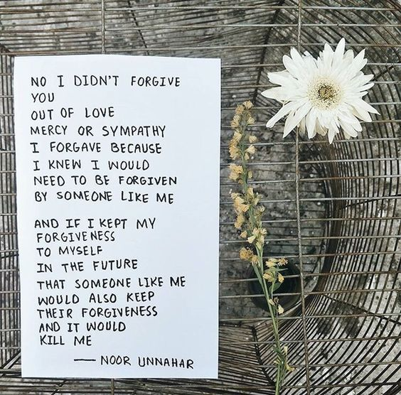 Ever Wondered What Poetry At Unexpected Places Is About I Am Explaining It Today With Original Poetic Pieces And Fan Art Noor Unnahar Quotes Tumblr Aesthetics Creative Photography Artsy Work