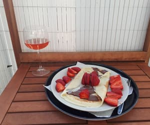 appartment, nutella, and strawberry image