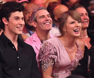 Taylor Swift, shawn mendes, and bbmas image