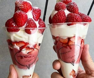 food, strawberry, and yummy image