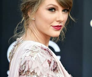 Taylor Swift, bbmas, and billboard music awards image