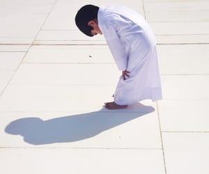 islam, prayer, and boy image