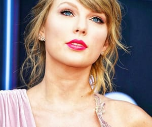 Taylor Swift, bbmas, and Swift image