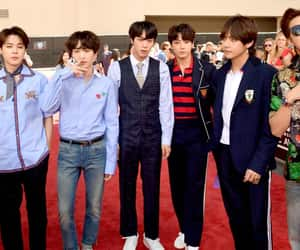 bts and top social artist 2.0 image