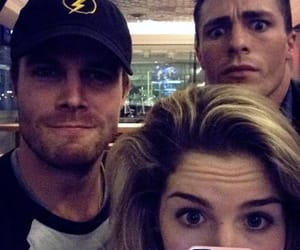 arrow, stephen amell, and DC image