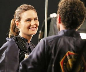 bones, booth, and squint image