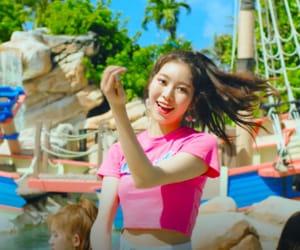 daisy, hyebin, and yeonwoo image