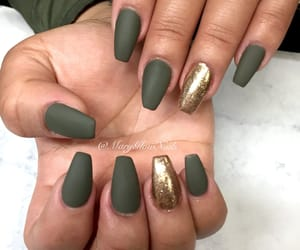 nails and olive image