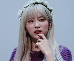 le, exid, and hyerin image