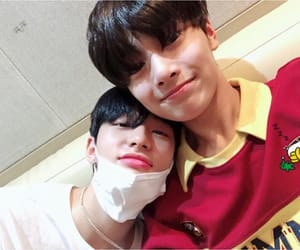 hyunjin, cute, and jeongin image