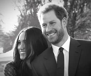 couples, royal wedding, and meghan markle image