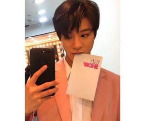 boys, handsome, and jeno image