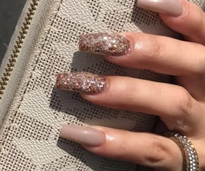 nails, Nude, and glitter image