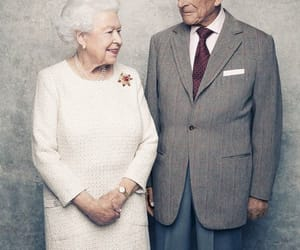 married and queen elizabeth image