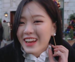 kpop, lq loona, and hyunjin icons image