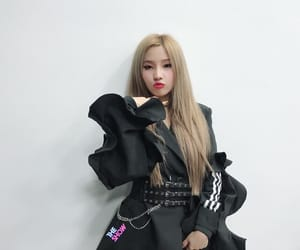 soyeon, (g)i-dle, and girl image