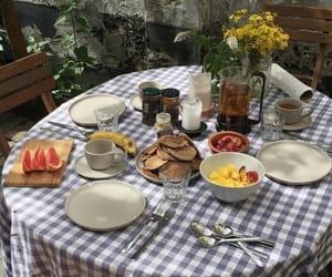 food and omnomnom image
