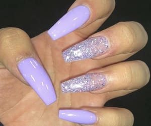 purple, acrylic nails, and bomb nails image