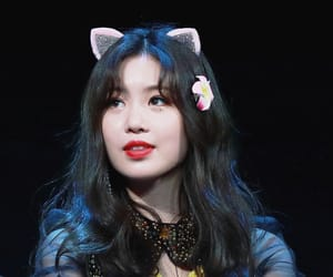 idle, soojin, and (g)i-dle image