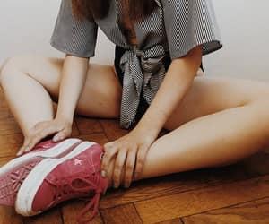 body, fashion, and converse image