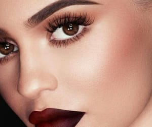 articles, beauty, and kylie jenner image