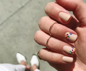 nail and Nude image