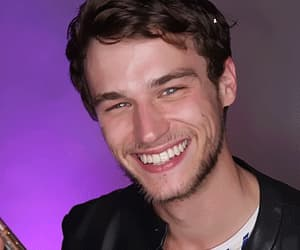 actor, gif, and brandon flynn image