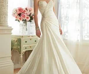 bridal, elegancia, and nupcial image