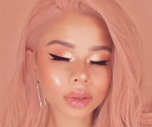 makeup, girl, and peach image