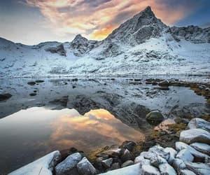 gelo, montanhas, and por do sol image