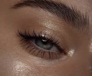 article, mascara, and bronzer image
