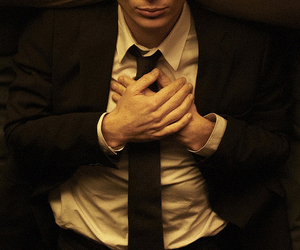 cillian murphy and red lights image