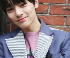 stray kids, in, and jeongin image
