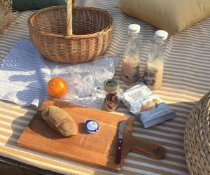 aesthetic, picnic, and drinks image