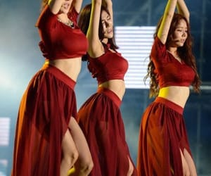 dress red, stellar, and gayoung image