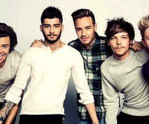 one direction and article image