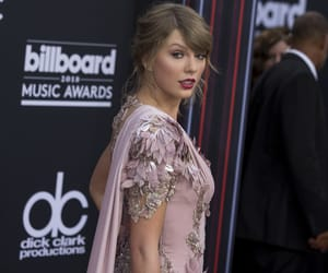 Taylor Swift, taylorswift, and billboard awards image