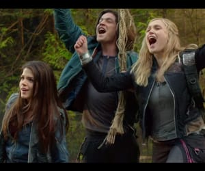 marie avgeropoulos, thomas mcdonell, and the 100 image