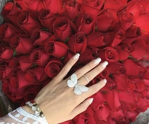 beautiful, bouquet, and chic image