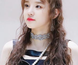 (g)i-dle, yuqi, and girl image