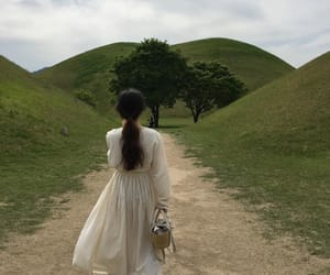 aesthetic, girl, and nature image