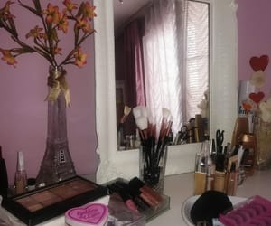 beautiful, mirror, and make up table image