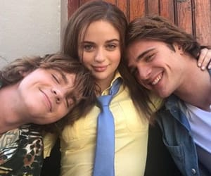 the kissing booth, netflix, and joey king image