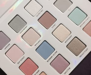 eyeshadow, pastel, and beauties who brunch image