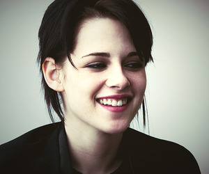 kristen stewart, smile, and young image
