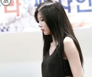 girl, hyuna, and kim hyuna image