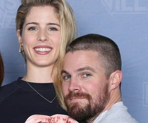 oliver queen, felicity smoak, and emily bett rickards image