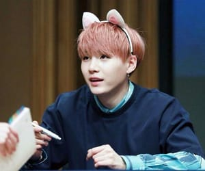 yoongi cat bts meow image