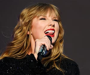 concert, taylor, and Taylor Swift image