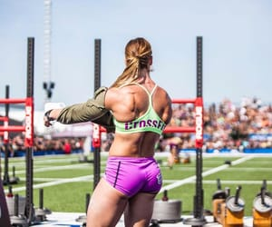 motivation and crossfit image